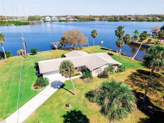 9902 Peninsular Drive, Gibsonton, FL 33534 (MLS #T3292698) :: Vacasa Real Estate