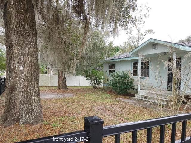 910 N Garfield Avenue, Deland, FL 32724 (MLS #T3292780) :: Gate Arty & the Group - Keller Williams Realty Smart
