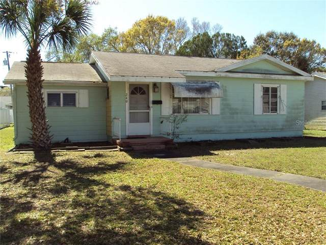 240 39TH Avenue NE, St Petersburg, FL 33703 (MLS #T3292891) :: Griffin Group