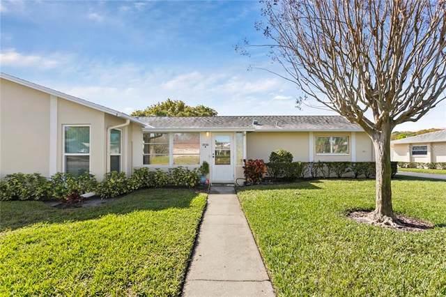 2732 Highlands Boulevard A, Palm Harbor, FL 34684 (MLS #T3292925) :: Delgado Home Team at Keller Williams