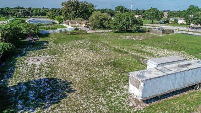 5203 Center Street, Wimauma, FL 33598 (MLS #T3293237) :: Bustamante Real Estate