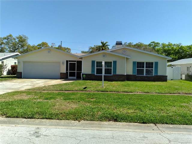 9067 Briarwood Drive, Seminole, FL 33772 (MLS #T3293666) :: The Hustle and Heart Group