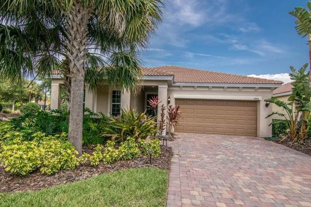 11905 Autumn Fern Lane, Orlando, FL 32827 (MLS #T3299813) :: The Light Team