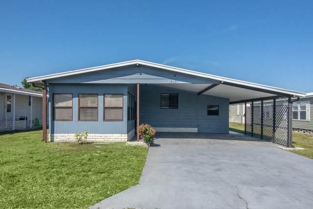 3121 Moss Hill Street, Wesley Chapel, FL 33543 (MLS #T3299917) :: Everlane Realty