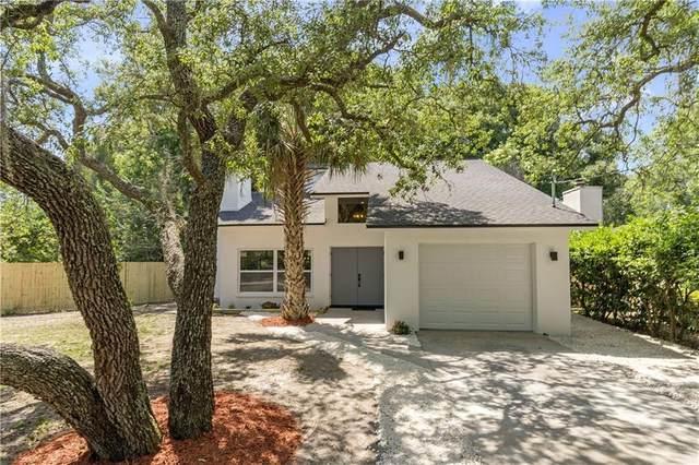 12708 N Oakleaf Avenue, Tampa, FL 33612 (MLS #T3300673) :: The Nathan Bangs Group