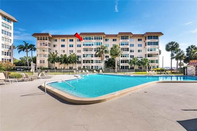 620 Edgewater Drive #502, Dunedin, FL 34698 (MLS #T3301056) :: Burwell Real Estate