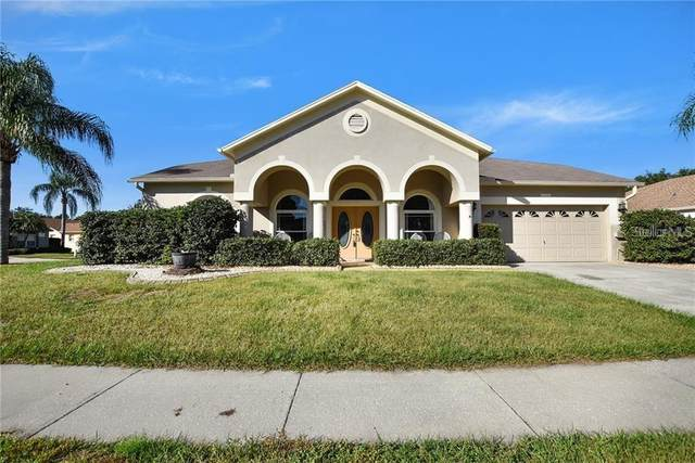 818 Sandcastle Circle, Brandon, FL 33511 (MLS #T3301750) :: Lockhart & Walseth Team, Realtors
