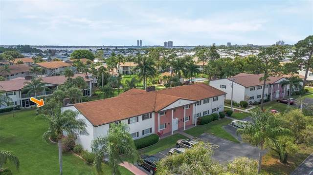 7049 New Post Drive #5, North Fort Myers, FL 33917 (MLS #T3305040) :: Everlane Realty