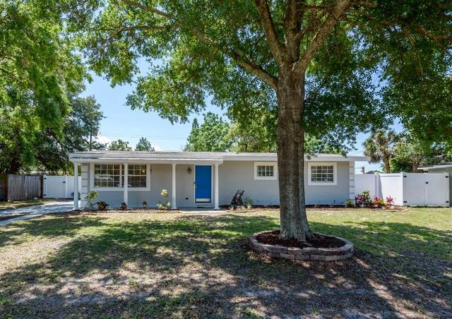 4426 W Oklahoma Avenue, Tampa, FL 33616 (MLS #T3305367) :: The Hesse Team