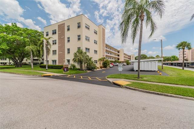 5705 80TH Street N #110, St Petersburg, FL 33709 (MLS #T3305686) :: Frankenstein Home Team