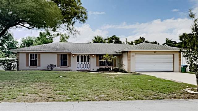 2050 Oswego Avenue, Deltona, FL 32725 (MLS #T3306348) :: Team Borham at Keller Williams Realty