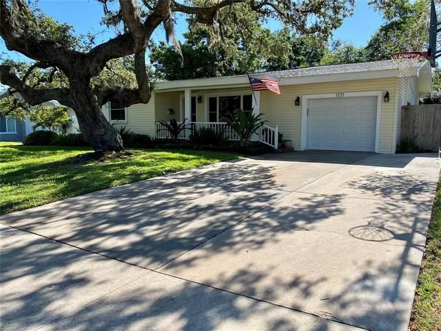 1721 Laurie Lane, Belleair, FL 33756 (MLS #T3306924) :: Charles Rutenberg Realty