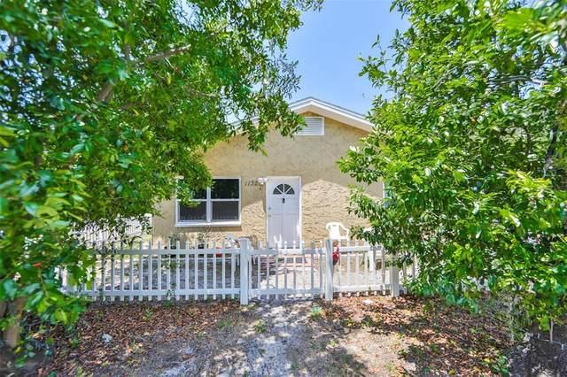 1132 Belleair Road, Clearwater, FL 33756 (MLS #T3306959) :: Burwell Real Estate