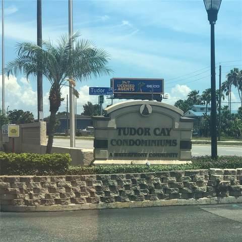 9138 Tudor Drive M110, Tampa, FL 33615 (MLS #T3307004) :: Keller Williams Realty Select
