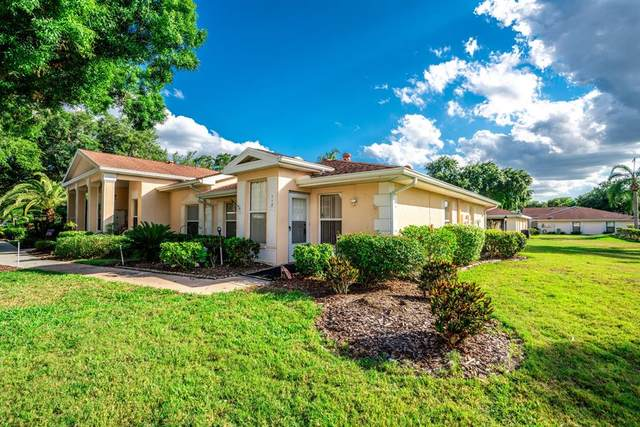 112 Knollpoint Drive #112, Sun City Center, FL 33573 (MLS #T3307016) :: Florida Real Estate Sellers at Keller Williams Realty
