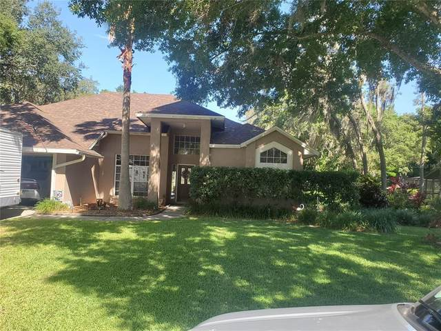 2901 Forest Club Drive, Plant City, FL 33566 (MLS #T3307024) :: Gate Arty & the Group - Keller Williams Realty Smart