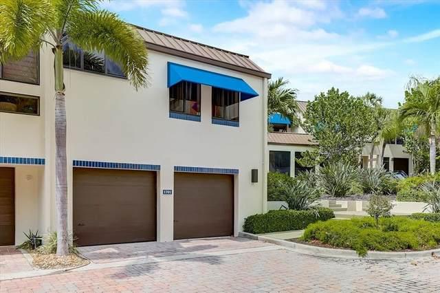 2004 Harbourside Drive #1701, Longboat Key, FL 34228 (MLS #T3310346) :: Memory Hopkins Real Estate