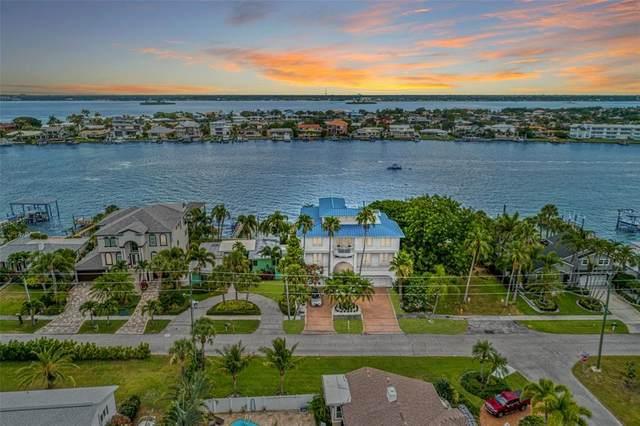 821 Bay Esplanade, Clearwater, FL 33767 (MLS #T3311032) :: Godwin Realty Group