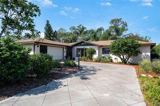 21 Pine Run, Haines City, FL 33844 (MLS #T3311890) :: Kelli and Audrey at RE/MAX Tropical Sands