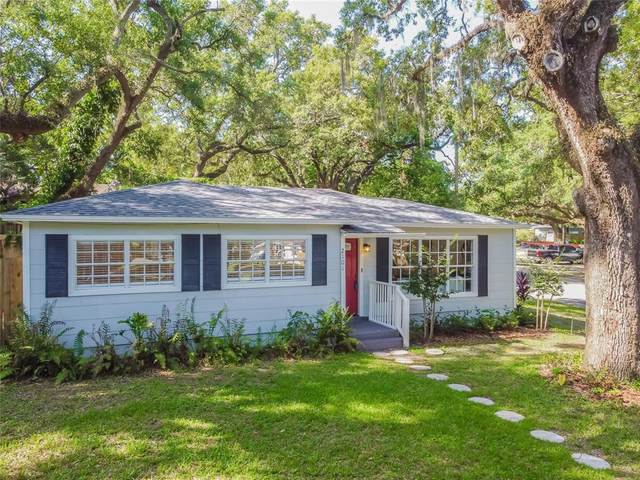 2101 E Howell Street, Tampa, FL 33610 (MLS #T3312019) :: Everlane Realty