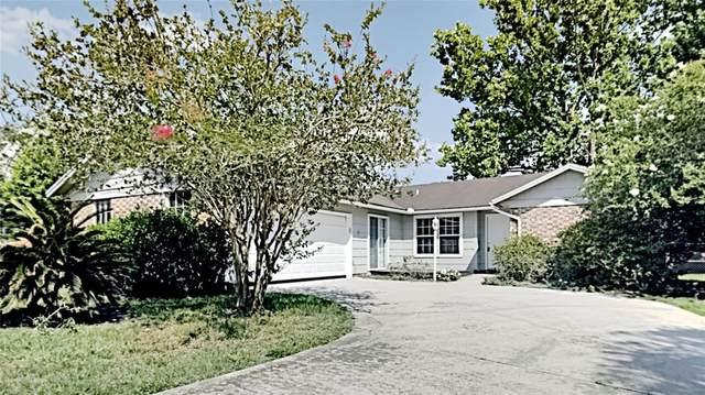 2656 Beaumont Court, Orange Park, FL 32065 (MLS #T3312148) :: Everlane Realty