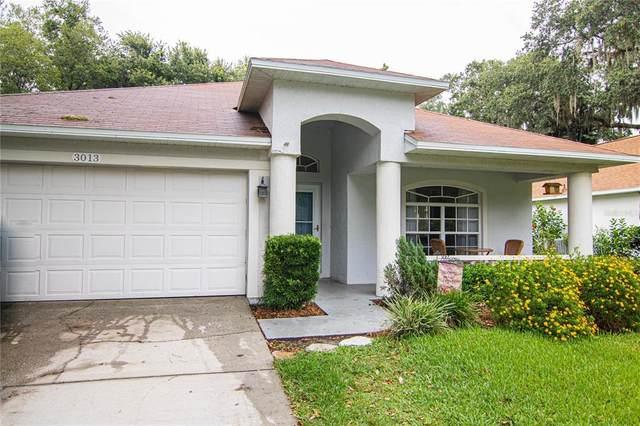 3013 Beaver Pond Trail, Valrico, FL 33596 (MLS #T3312382) :: Your Florida House Team