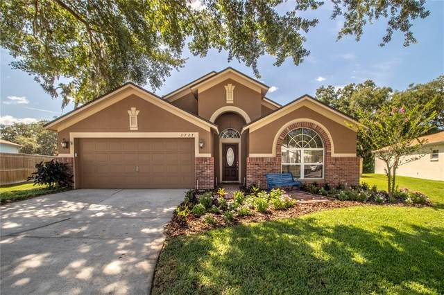2727 Brookville Drive, Valrico, FL 33596 (MLS #T3312525) :: The Nathan Bangs Group