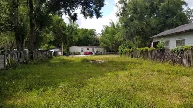 735 Trenton Road, Lakeland, FL 33815 (MLS #T3312842) :: Kelli and Audrey at RE/MAX Tropical Sands
