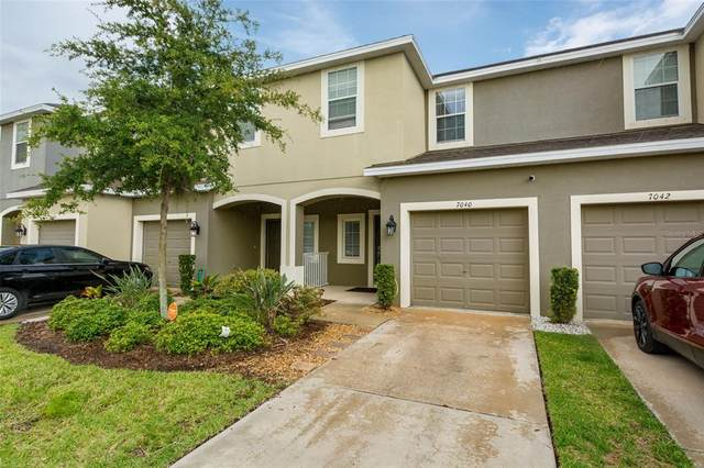 7040 Towne Lake Road, Riverview, FL 33578 (MLS #T3313012) :: The Hustle and Heart Group
