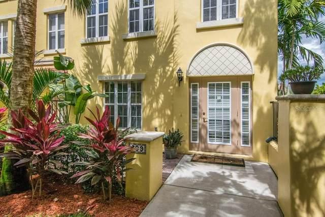 609 Casabella Circle, Tampa, FL 33609 (MLS #T3313521) :: RE/MAX Premier Properties