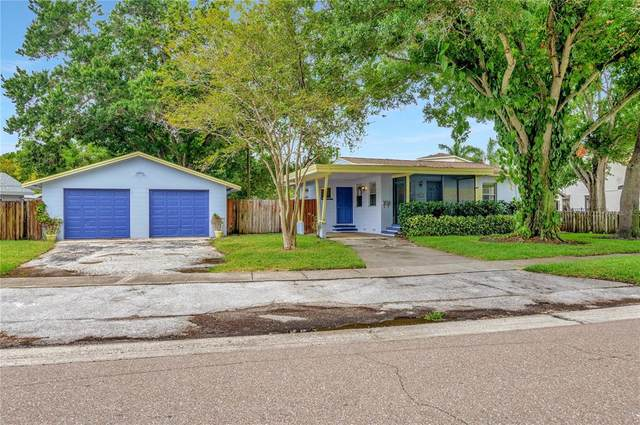 8120 Riverside Drive N, St Petersburg, FL 33702 (MLS #T3313645) :: Zarghami Group