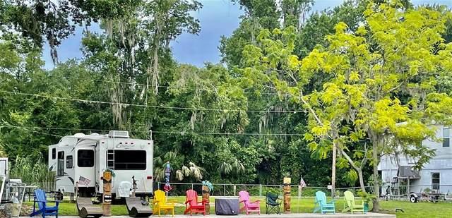 6216 Bear Trail, Weeki Wachee, FL 34607 (MLS #T3313748) :: The Hustle and Heart Group
