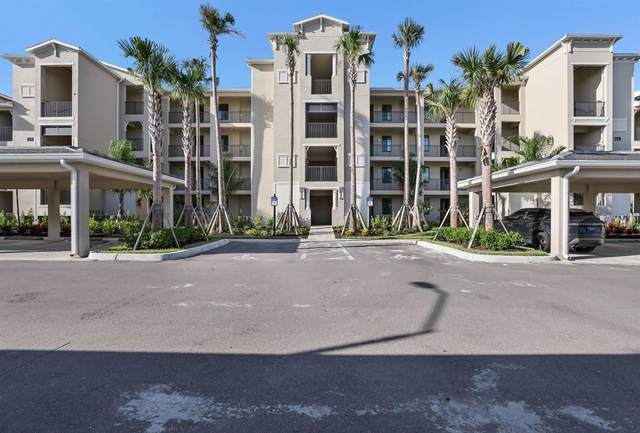18008 Gawthrop Drive #403, Lakewood Ranch, FL 34211 (MLS #T3314247) :: Prestige Home Realty