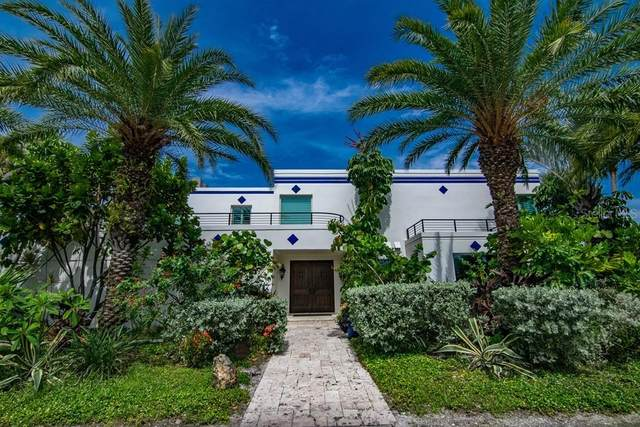 941 Bay Esplanade, Clearwater, FL 33767 (MLS #T3315118) :: Rabell Realty Group