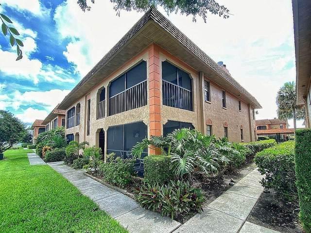 10180 Seminole Island Drive #10180, Largo, FL 33773 (MLS #T3316578) :: Stellar Home Sales