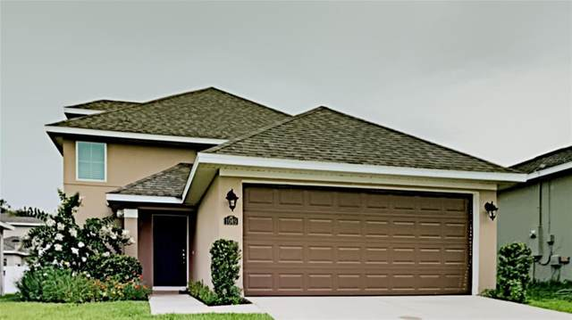 1049 Atlantic Avenue, Fruitland Park, FL 34731 (MLS #T3316846) :: Kreidel Realty Group, LLC