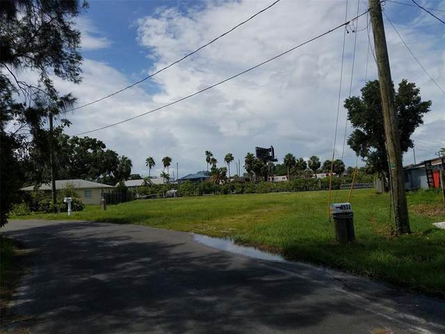 8933 Rocky Creek Drive, Tampa, FL 33615 (MLS #T3317582) :: Gate Arty & the Group - Keller Williams Realty Smart