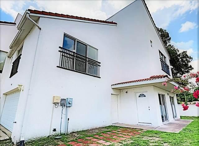9415 Citrus Glen Place, Tampa, FL 33618 (MLS #T3318353) :: Zarghami Group