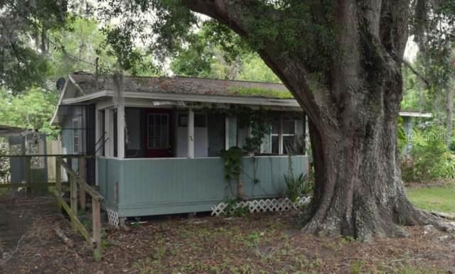 1134 N Davis Avenue, Lakeland, FL 33805 (MLS #T3319162) :: Florida Real Estate Sellers at Keller Williams Realty