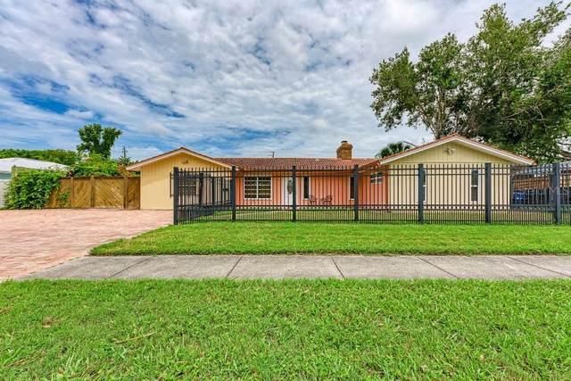 2627 Terry Lane, Sarasota, FL 34231 (MLS #T3319262) :: Dalton Wade Real Estate Group