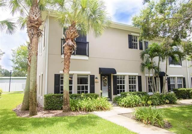 10020 Old Haven Way, Tampa, FL 33624 (MLS #T3319842) :: Realty Executives