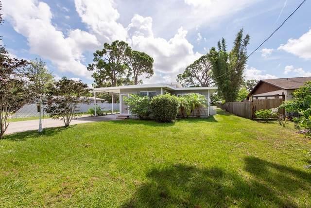 4519 60TH Street W, Bradenton, FL 34210 (MLS #T3319984) :: Prestige Home Realty