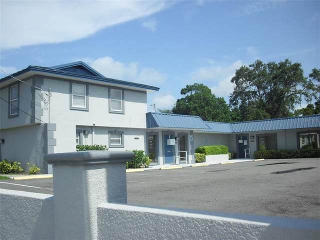 3201 W Waters Avenue A & B 3203, Tampa, FL 33614 (MLS #T3320094) :: Dalton Wade Real Estate Group