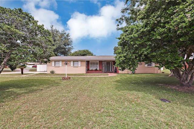 5942 13TH Street, Zephyrhills, FL 33542 (MLS #T3320300) :: Everlane Realty