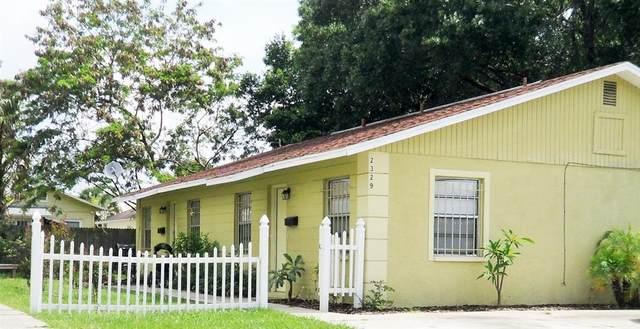 2329 W Walnut Street, Tampa, FL 33607 (MLS #T3321223) :: Zarghami Group