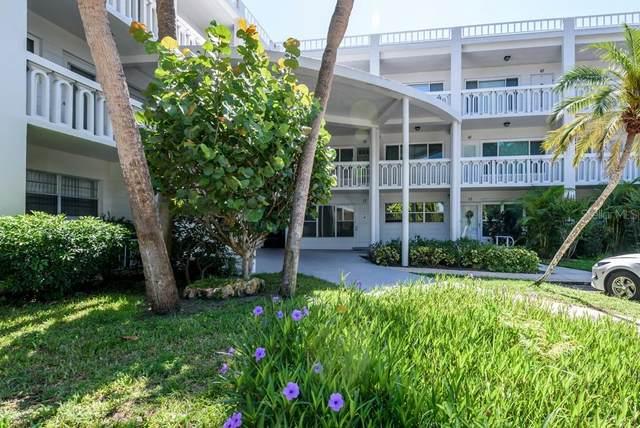 2021 Australia Way W #63, Clearwater, FL 33763 (MLS #T3321255) :: Bob Paulson with Vylla Home