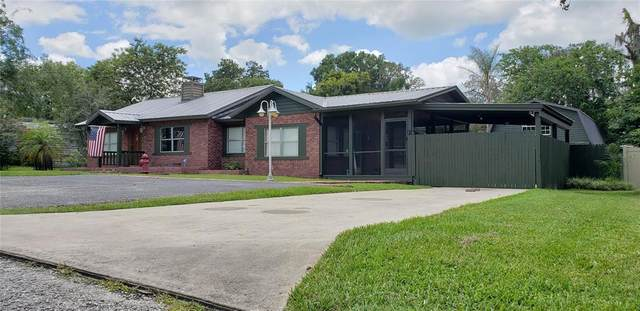 36928 Center Avenue, Dade City, FL 33525 (MLS #T3321526) :: The Paxton Group