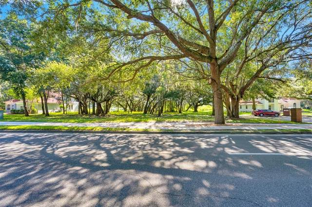 5232 Golf Links Boulevard, Zephyrhills, FL 33541 (MLS #T3325531) :: RE/MAX Elite Realty