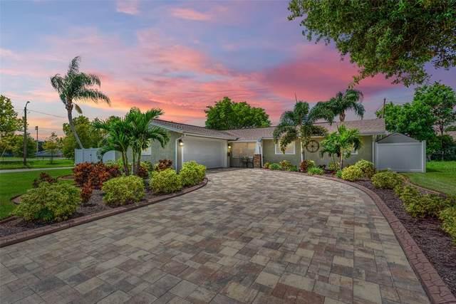 1300 Devonshire Drive N, St Petersburg, FL 33710 (#T3329966) :: Caine Luxury Team