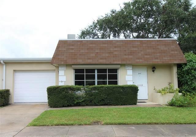 8370 Burgundy Drive N #3, Pinellas Park, FL 33781 (MLS #T3330216) :: Pristine Properties